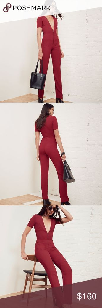 ed29b54b6053a5 Reformation Red Farah Jumpsuit Bodysuit Size 0 Zip it up and roll out.This  is