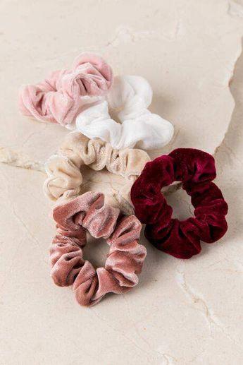 francesca's Lila Velvet Scrunchie Set - Multi