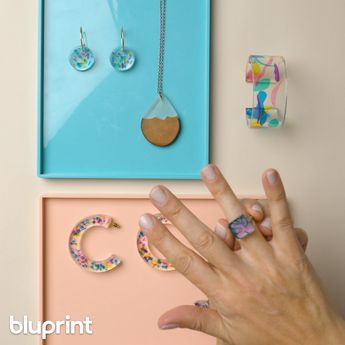 Resin Jewelry: 4 Ways to Make the Coolest Accessories
