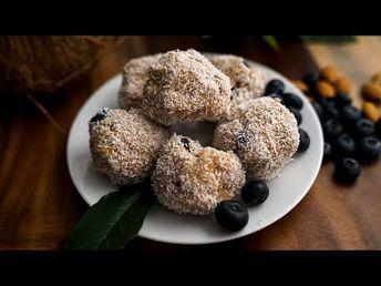 Keto Blueberry Coconut Fat Bombs – Lakanto
