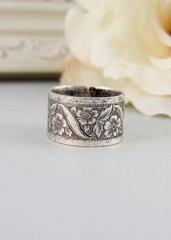 Petite Blossom Ring,Silver,Ring, Flower,Rose Ring,Antique Ring,Silver Ring,Blossom,Posey. Handmade jewelery by valleygirldesigns