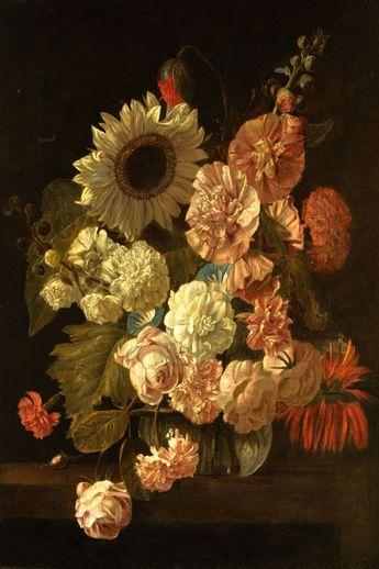 BLUMENSTILLLEBEN Öl auf Leinwand. 67,5 x 46,5 cm. Vor dunklem Hintergrund Sonnenblume, Malven und Rosen in einer kugeligen Vase auf einem Steintisch....