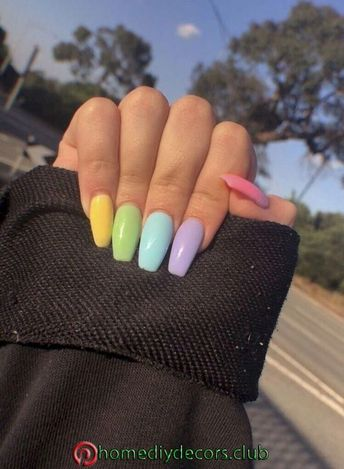 35 Spring Nail Design Ideas To Get An Excellent Look This Year   Spring season is about flowers and dainty colours. The cute spring manicure has to be natural! Nail art gives color and accent to your daily appearance and that is something which clothes can't provide you. Ombre or gradient nail..