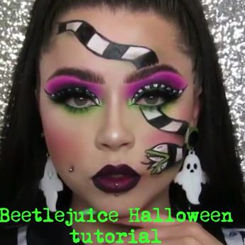 Highly skilled Halloween themed tutorial for those of you who are crafty and patient enough to do it. Amazing makeup idea for a Halloween spooky party #halloween #makeuptutorial #eleganziatoyou Credit to @voodoobarbiegirl