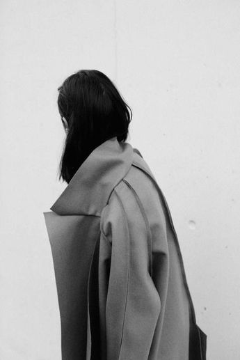 Coat with exposed seams - pattern cutting, contemporary fashion details // Azabala A/W 2015