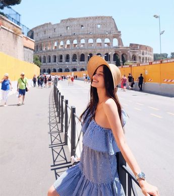 eea8fe75c7 6 Outfit Ideas To Steal From Kelsey Merritt s Stylish Euro Trip