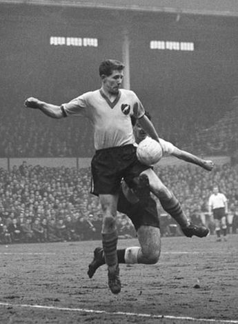 Terry Bly. Peterborough Utd. and Norwich City. 52 goals in 1959-60 season for Peterborough, a post war record for the English League.
