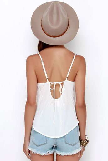 Amuse Society Nora Ivory Lace Crop Top
