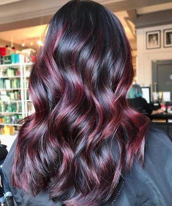 Czerwone włosy - aż 3 szykowne i eleganckie propozycje