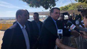 Bolsonaro diz que a imprensa massacrou Eduardo