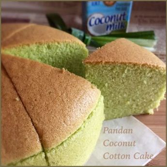 Pandan Coconut Milk Cotton Cake 香兰椰浆棉花蛋糕 (Cooked Dough Method) // 40g coconut / vegetable oil, 50g top / cake flour, 42g coconut milk, 12g pandan leaf, 3 egg yolks, 1 egg, 1/8 tsp salt, 3 egg whites, 40g fine sugar