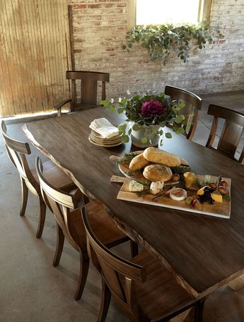 Haddigan Formal Dining Room Group by Benchcraft
