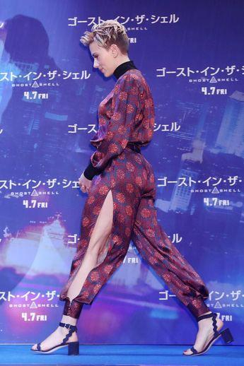 GLOSSY PHOTO PICTURE 8x10 Scarlett Johansson Sexy Short Hair
