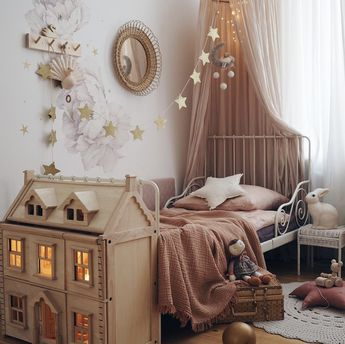 Beautiful little girl's room