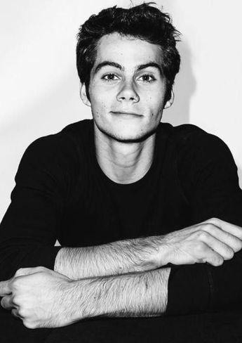 Black & white Dylan o'Brien