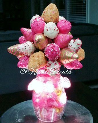 Strawberry Bouquet mixed with Pink N Gold & Strawberry Shortcake Strawberries and Homemade Caramel Rice Krispies   #NikkiEtreats #blingberries #strawberrybouquet #strawberryrose #valentinesday #ricekrispytreats #strawberryshortcake #bouquet #Love #candyapples #chocolatecoveredstrawberries #chocolatestrawberries #chocolatestrawberry #chocolate #strawberry #infusedstrawberries #infused #atlanta #atlart #atlantaart #atlstrawberries  #atlsweets #nowthatsludicrous