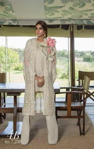 b6962cfb9f Sana Safinaz Lawn Suit, Ladies Designer Replica, Online Clothes Shopping.