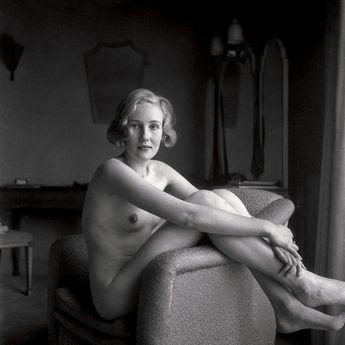 T.W. Salomon, Female Nude in Armchair, ca. 1935.