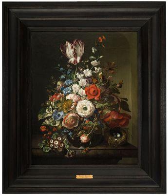 Rachel Ruysch (Amsterdam, 1664 - 1750), Vase de fleurs sur un entablement, nid et insectes. Photo Artcurial - Briest-Poulain-F.Tajan Huile sur toile.Signée et datée Rachel Ruysch 39 / AE.76 en haut à gauche; 52 x 41,50 cm (20,28 x 16,19 in.)