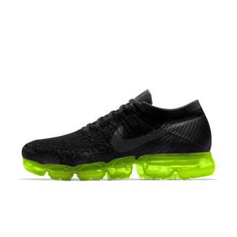 timeless design 315b4 f5c28 Nike Air VaporMax Flyknit iD Men s Running Shoe