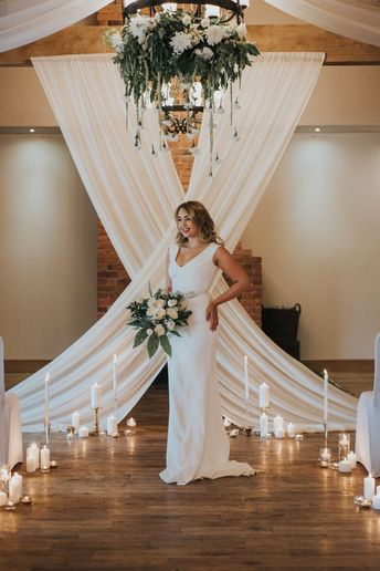 Stunning backdrops and divine gowns – romantic luxe wedding inspo, credit Bobtal