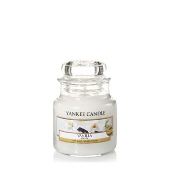 Shop Yankee Candle, America's best loved candle! Enhance and bring to life any space with captivating candles, home & car air fresheners, gifts and more.