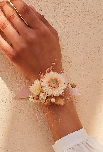 Dried flower corsages
