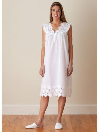 Eileen West Long-Sleeved Ballet Cotton Lawn Night Gown in 0458449d0