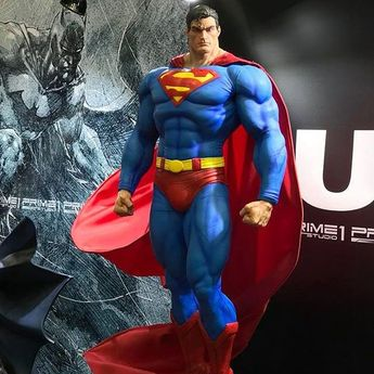 The amazing Superman Hush statue by @prime1studio     Based on art from @jimleeart ️♨️