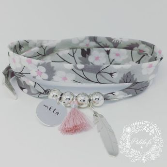 Bracelet personnalisé GriGri XL Liberty avec GRAVURE PERSONNALISÉE, plume Argent et Pompon by Palilo