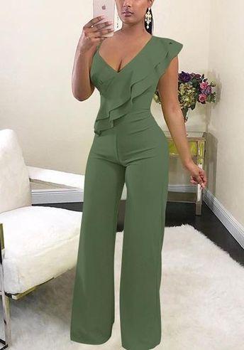 Available Sizes : S;M;L;XL Bust(cm) : S:92cm; M:96cm; L:100cm; XL:104cm Waist(cm) : S:74cm; M:78cm; L:82cm; XL:86cm Hip(cm) : S:96cm; M:100cm; L:104cm; XL:108cm Type : Loose Material : Polyester Pattern : Plain Length Style : Long Decoration : Asymmetric Shoulder, Ruffle Color : Green