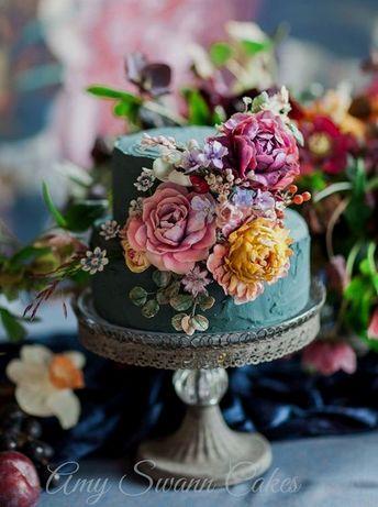 19 of the Top Tasty Wedding Cake Ideas That Will Make Your Friends Jealous #weddingcakeideas Best tip ever!