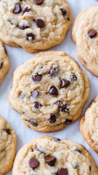 Soft Chocolate Chip Cookies - #Chip #chocolate #Cookies #soft