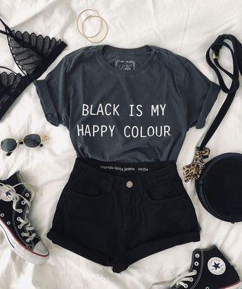 "Mundo Lolita on Instagram: ""darling, i always wear black🖤"""