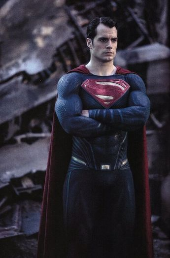 Henry Cavill 'OUT' as SUPERMAN!
