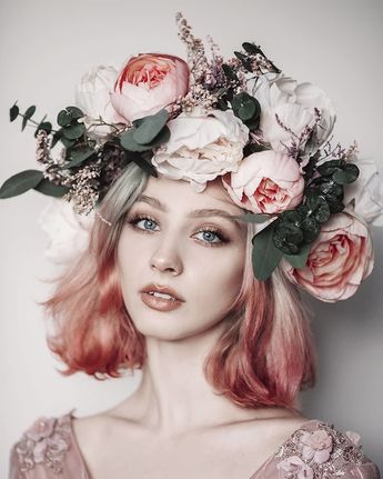 Boho flower wreath is made from textile flowers and preserved eucalyptus from MAGAELA. #WCvendor #flowercrown #Bridallooks #bridalfashion