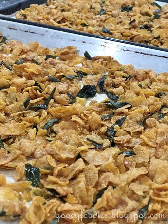 Love salted egg yolk? You're in luck, cos today I'm sharing the recipe for this sinful Salted Egg Yolk Cornflakes. This recipe yields...