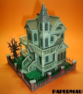 This wonderful Ghost House paper model  was created by North American designer Ray O'Bannon,  from Ravensblight website . I assembled this ...