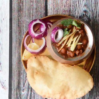 Punjabi Chole Bhature | Chana Bhatura