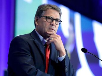 Energy Secretary Rick Perry, 1 of the '3 amigos' on Ukraine, to resign