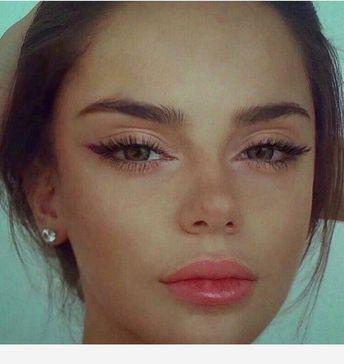 Best idea of Makeup time!