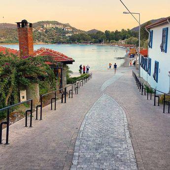 Datça'da denize inen yol珞 #datça #muğla #turkey #tatil #huzur #cennet #manzara #doğa #deniz #instagood #instaphoto #instalike #instapic…