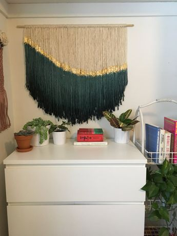 Yarn wall hanging - For the Love of Gold
