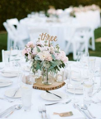 13 Romantic Fresh Floral Centerpieces & 2 Table Garlands available 9/4-9/5 in East Hampton, NY