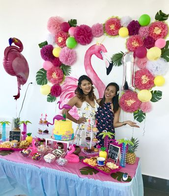Flamingo party with pineapples decoration ideas, tropical theme