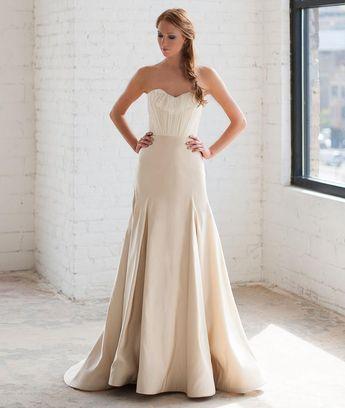3c0d18e46b91 Tara LaTour Shows Uniquely Gorgeous Wedding Dresses for Fall 2016