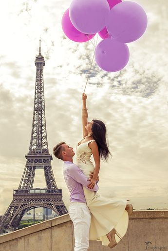 Love in Paris #couple #lovestory #eiffeltower Click the picture to see the whole photoshoot!