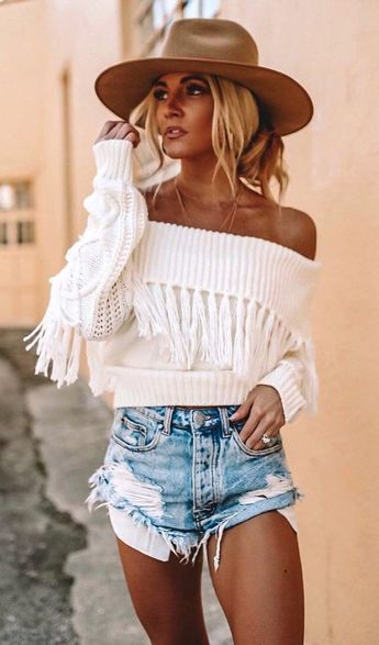 25+ Popular Summer Outfits To Copy Right Now #love #instagood #photooftheday #fashion #beautiful #happy #cute #tbt #followme #picoftheday #selfie #summer #art #nature #girl #style #travel #fitness
