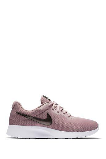 big sale f2cb4 f9041 Nike   Tanjun Sneaker