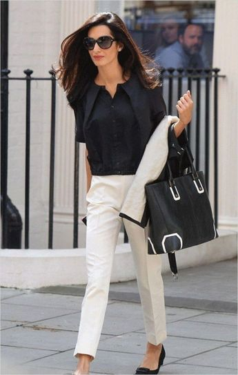 35 Professional Work Outfits for Women Over 30